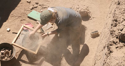Sieves made locally being useed during excavation