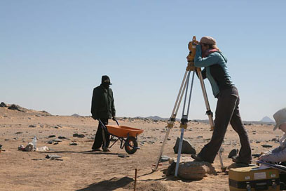 Surveying newly discovered graves in the post-New Kingdom cemetery
