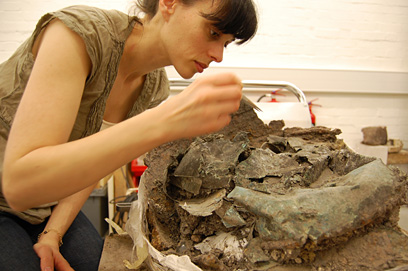 Alexandra Baldwin working on one of the Chiseldon cauldrons