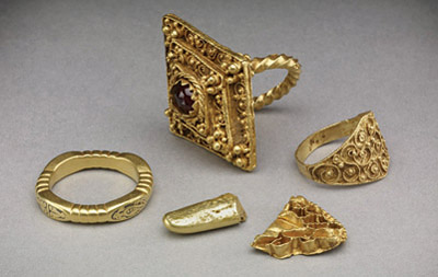 Group of Early Medieval gold objects from West Yorkshire, about AD 600-1100.