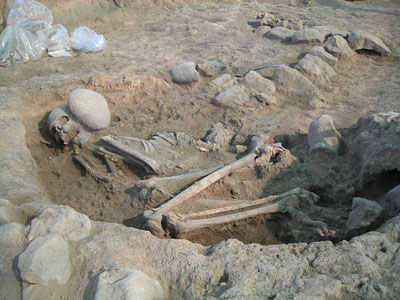 A neolithic burial found on site
