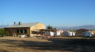 The camp at Domuztepe