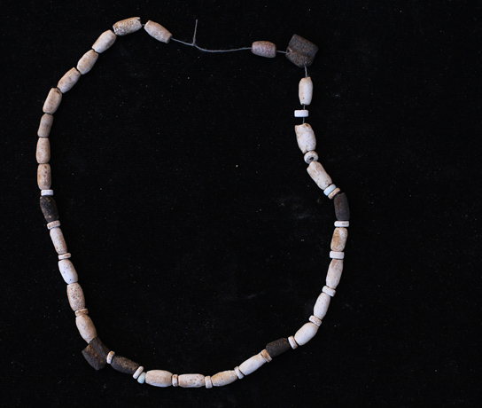 Faience necklace (F6436) from a house at Amara West (2012)