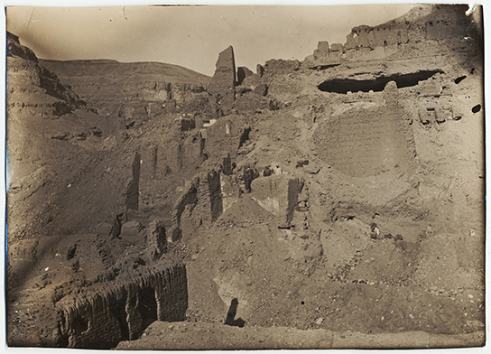 Archival photograph showing remains of the monastery of Apa Thomas at Wadi Sarga (AES Ar 1260)