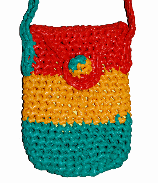 Mobile phone purse made for sale by Pamoja women's group, Kenya, 2011, donated by Ndunge Kiiti.
