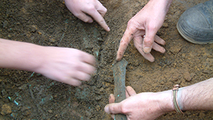 The excavation of a Bronze Age hoard from Wiltshire.