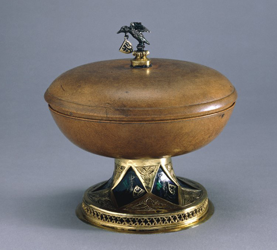 Mazer bowl with lid. Maple wood with silver and enamel and silver gilt mounts, Flanders, Belgium, 15th century. AF.3116.