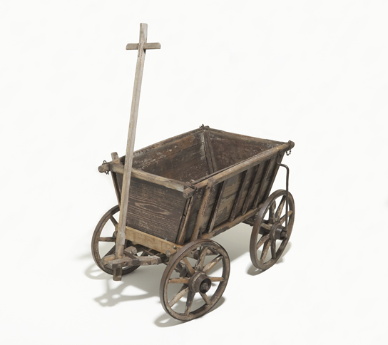 Refugee cart from East Pomerania, probably early 20th century. © Deutsches Historisches Museum