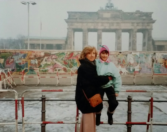 The author with her mother during one of their walks along the Berlin Wall, 1987/88