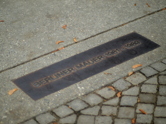 Memorial for the Berliner Mauer (Berlin Wall), following its former course.
