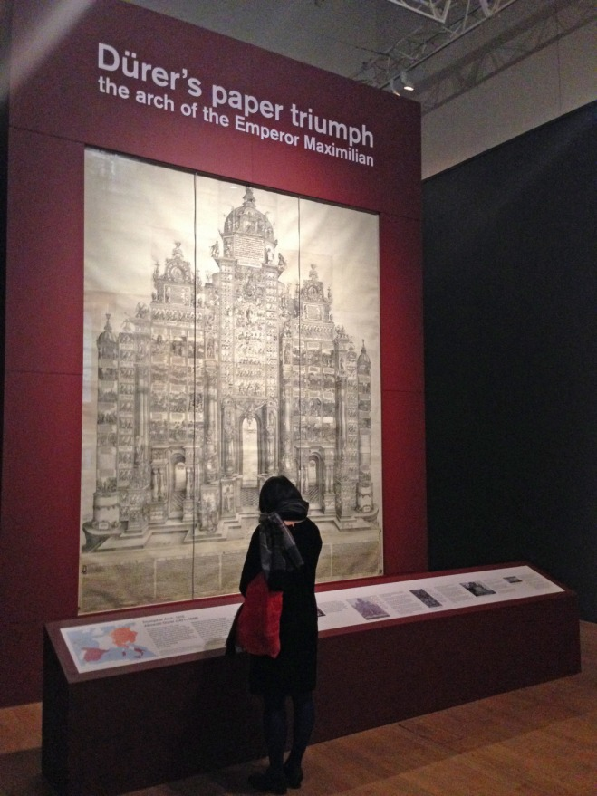 Dürer's paper triumph: the arch of the Emperor Maximillian